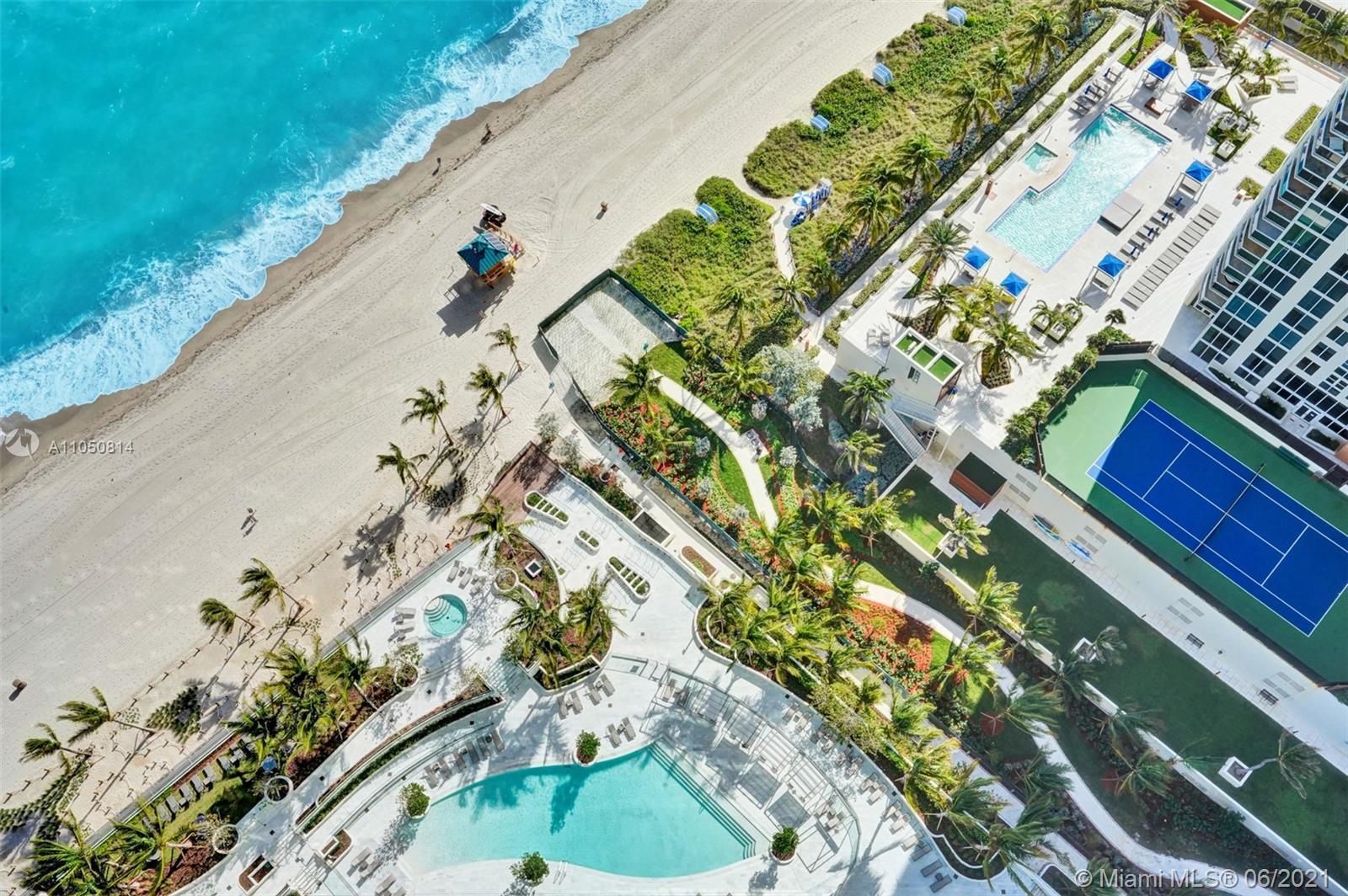 Unbelievable Penthouse Views from this ultra-luxury 2 bedroom residence. Breathtaking Atlantic Ocean