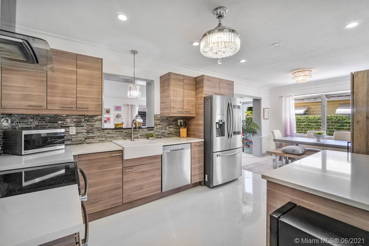 4031 NE 18th Ave is located in a prime East Pompano Beach location moments to US 1 and amenities. Th