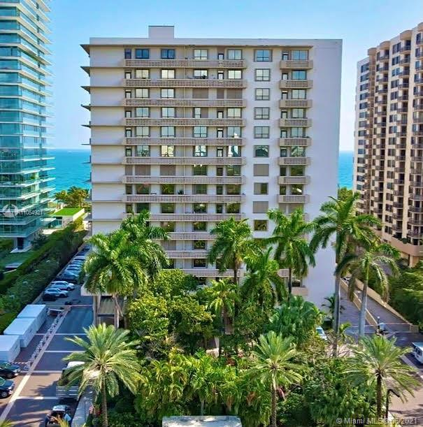 A beautiful gem in sought after Bal Harbour! Only minutes away from the prestigious Bal Harbour Shop