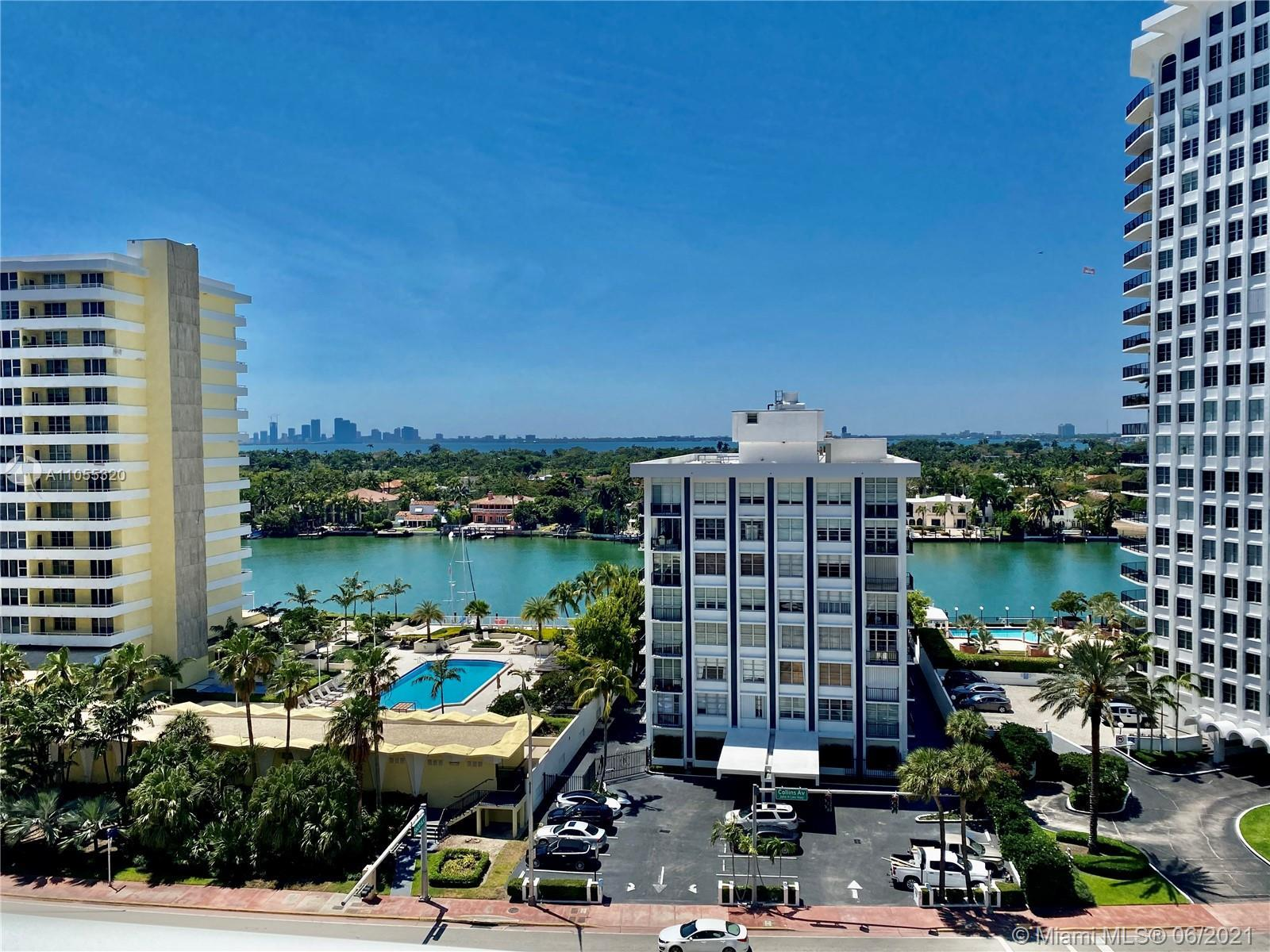 Beautiful unit facing the intercostal. 2bed + 2 baths (as per floorplan) , stainless steel appliance