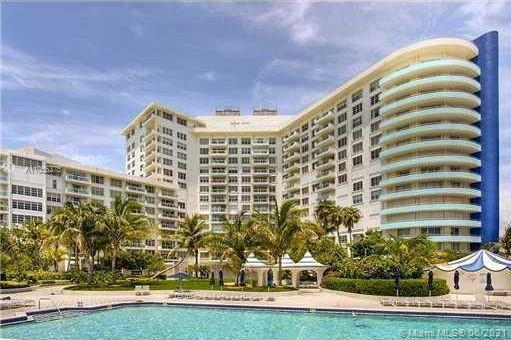 SPECTACULAR UNIT AT AN OCEANFRONT RESORT STYLE CONDO. GREAT AMENITIES LIKE TROPICAL POOL DECK, HOT T