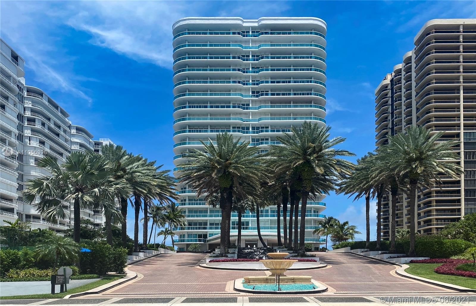 Spacious Corner unit at Bal Harbour's Exclusive and Boutique Palace. Private Elevator with Double do