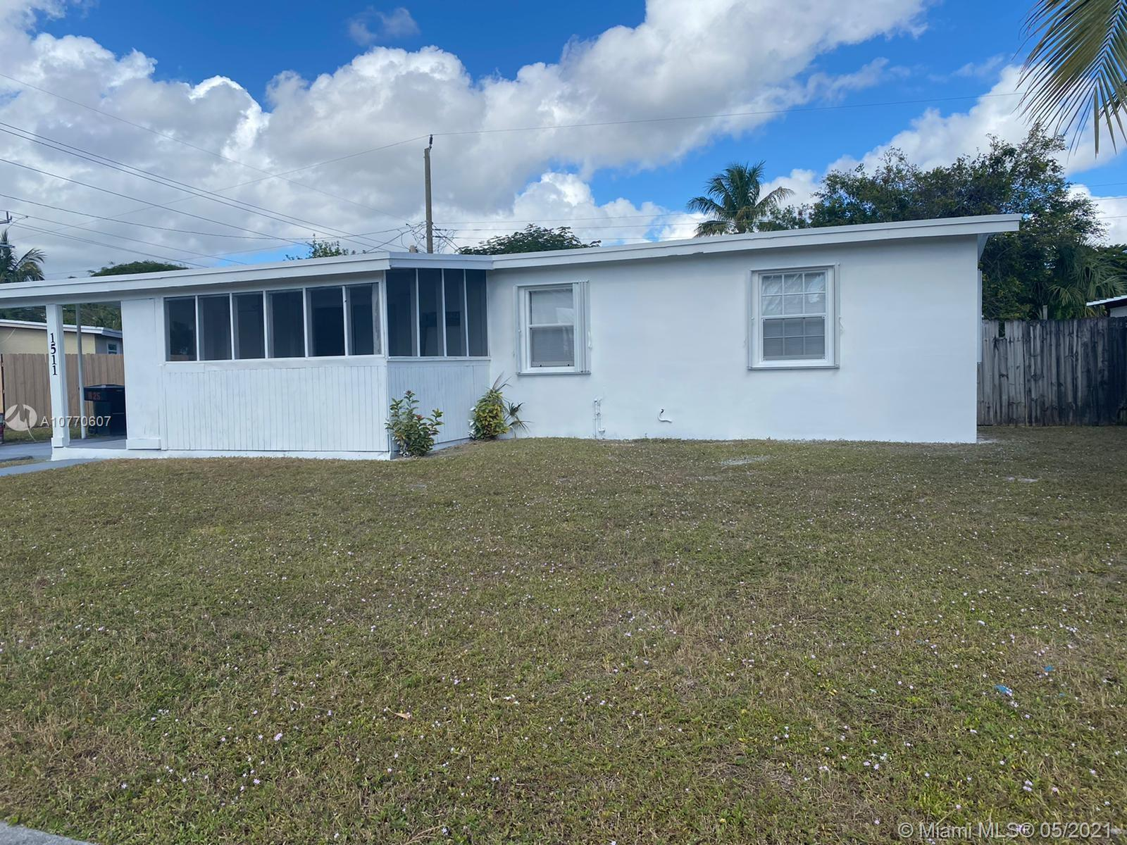 BEAUTIFUL HOME 3 BEDROOM 2 BATHROOM HOME, GREAT OPPORTUNITY RENOVATED PROPERTY!!!! NEW ROOF!!  LOCAT