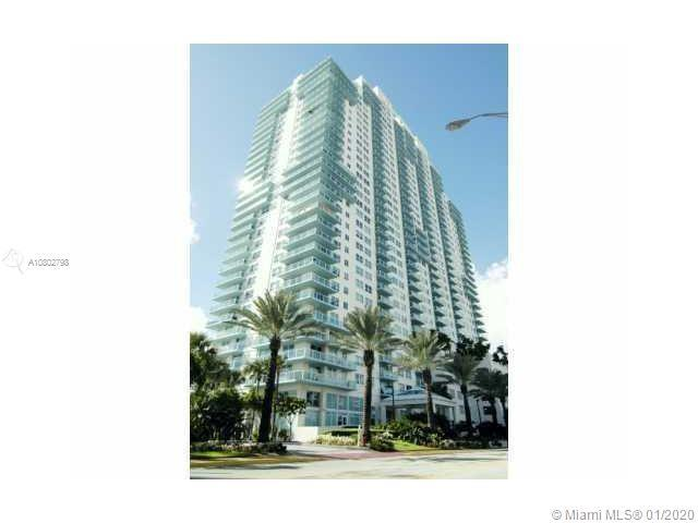 High-floor renovated 2 bedroom at Floridian with great ocean views. Unit has granite countertops and