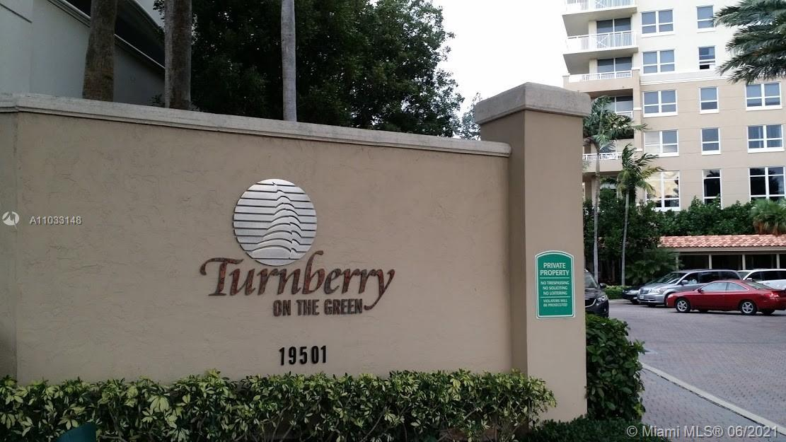 Enjoy the Aventura lifestyle around the private Golf course, and across from Aventura Mall. This uni