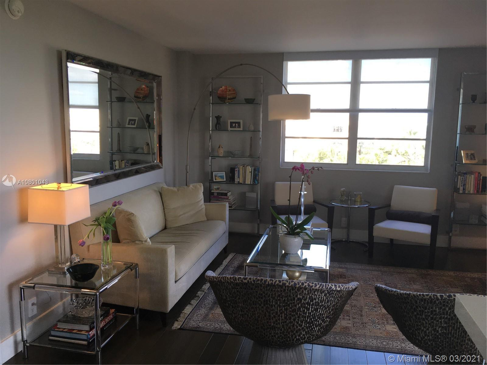 One of the BEST values on Belle Island! Wonderful Pied-a-Terre on beautiful Belle Island across from