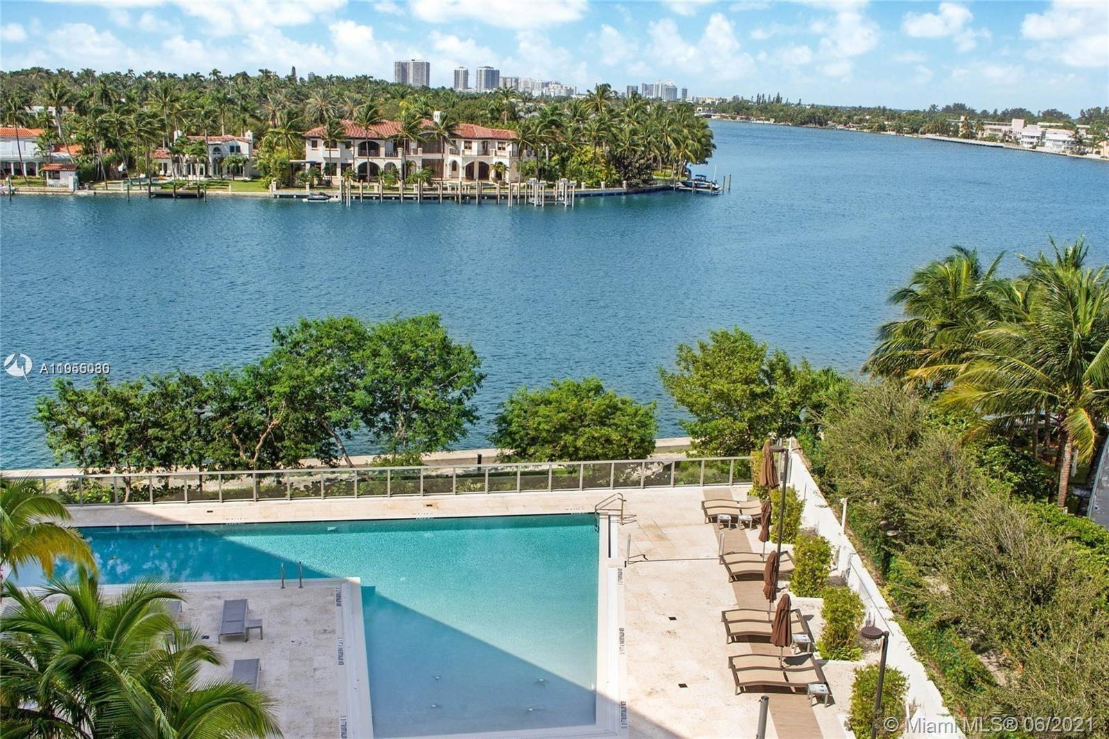 Beautiful 2/2 unit with intracoastal view at Peloro designed by Luis Revuelta, ceramic floors throug