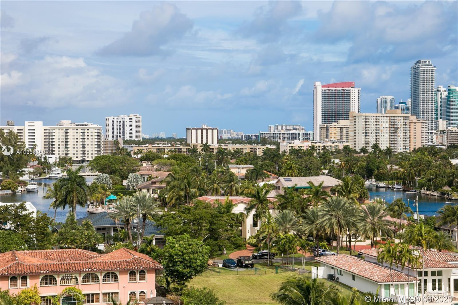 Spacious and bright split floor plan with 3 bedrooms/2 baths condo at Harborside by Waterways MARINA