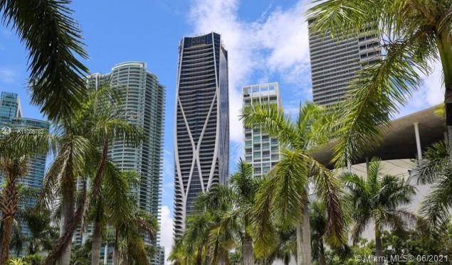 One Thousand Museum by Zaha Hadid is Miamis most prestigious new residential tower. It pushes the li