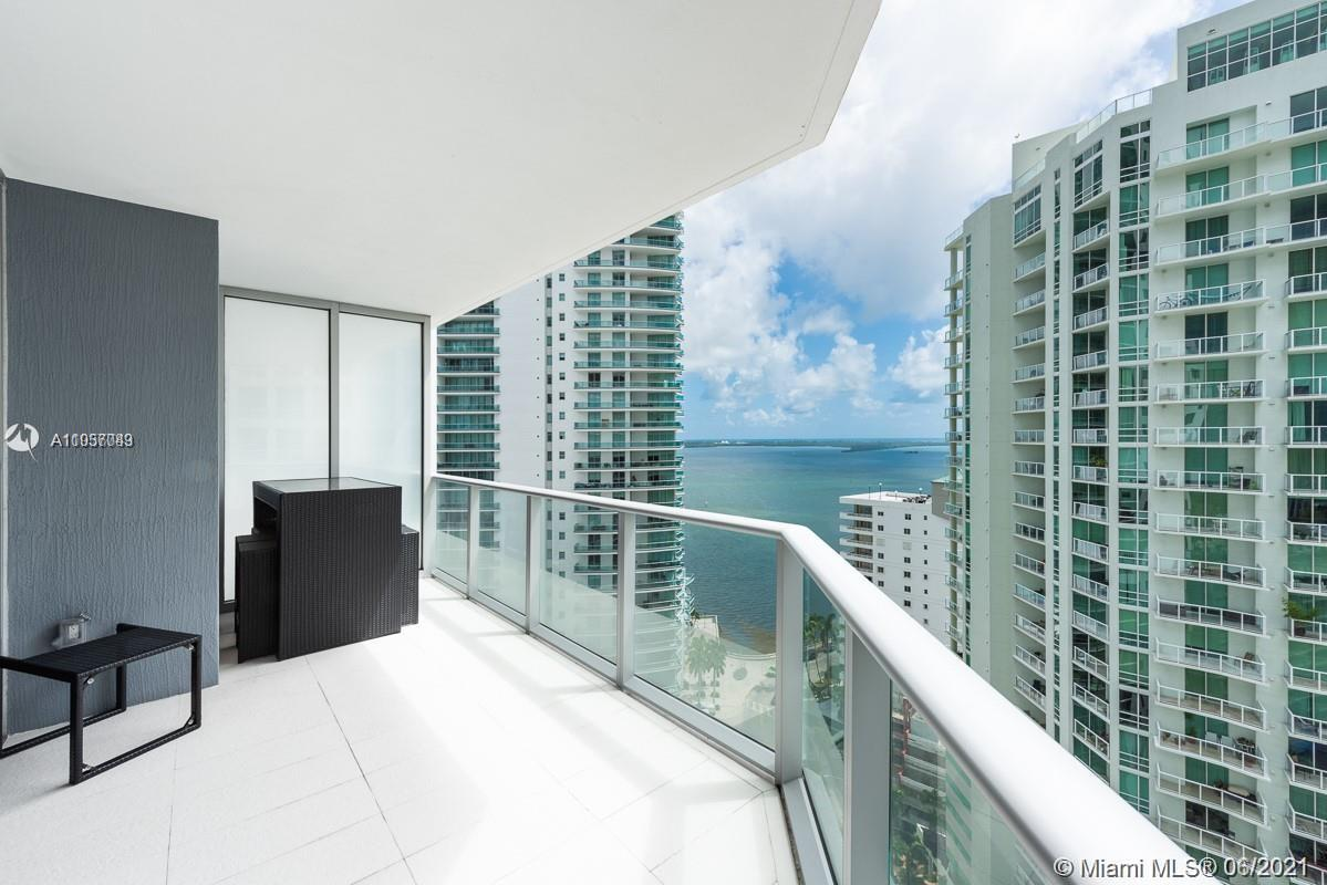 Fabulous 2 bed/2baths. Impeccable finishes, large balcony nice bay view, black out shades in bedroom