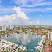 Beautiful unit at The North Tower in The Point in Aventura. Three bedrooms, 2 bathrooms apartment wi
