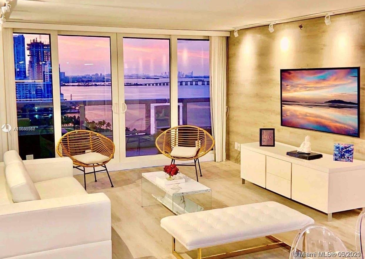 Luxury fully furnished 3 bedroom 3 bath waterfront condo. Featuring King Size Bed in Master w jacuzz