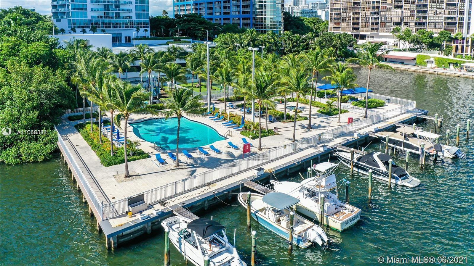 Breathtaking intracoastal view! Large balcony to enjoy the view with your morning coffee. This 2 bed