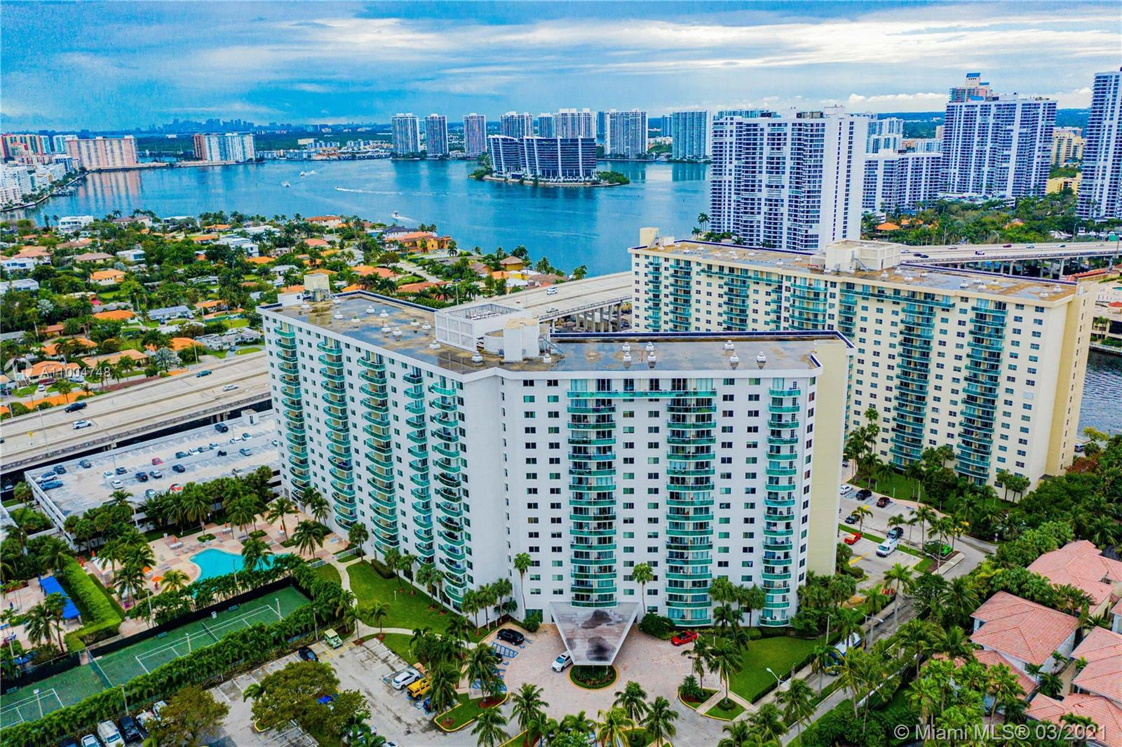 Completely remodeled and Spacious  2beds/2baths Ocean View Condo located in Sunny Isles, across the