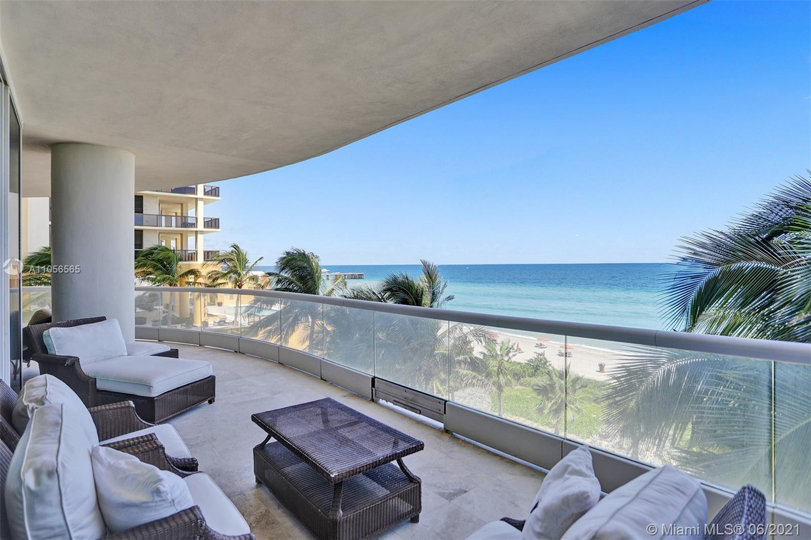BEAUTIFUL OCEAN FRONT APARTMENT !!! 4BR/6BA UNIT AND 1/2 BATH. TASTEFULLY FURNISHED. DIRECT ACCESS T
