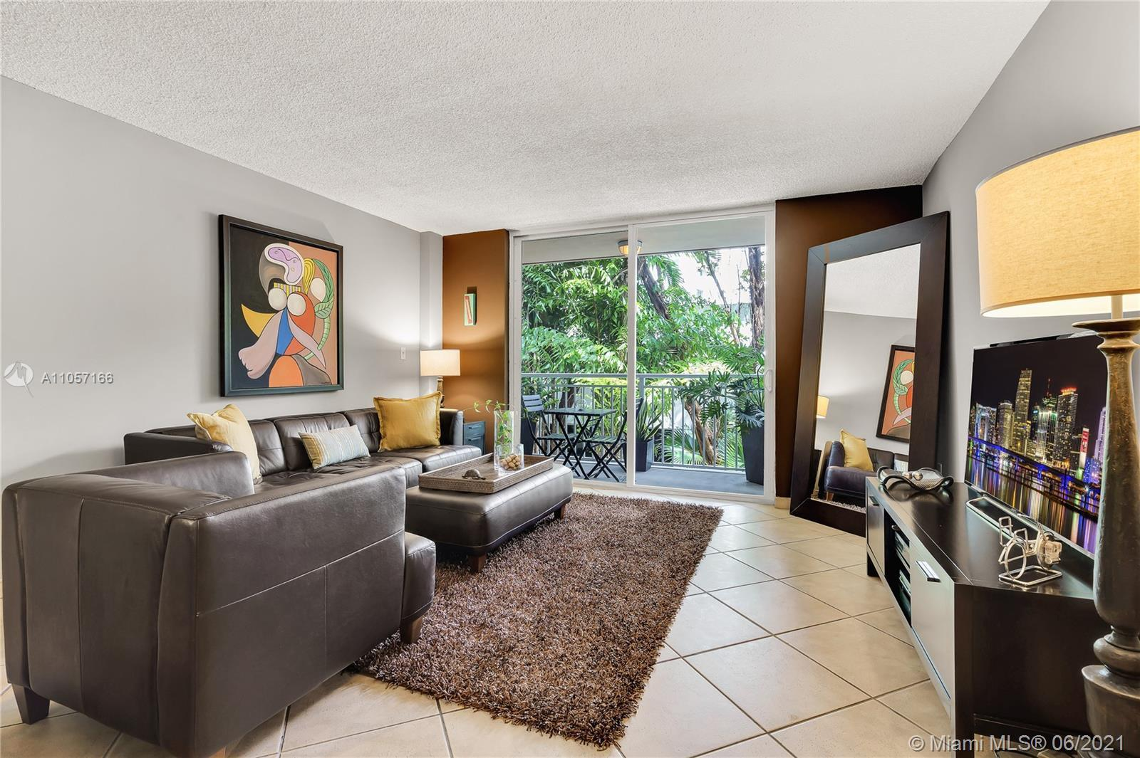 Location, Style and Convenience. Largest one bed/two bath in the building. Features of this 846 sqft