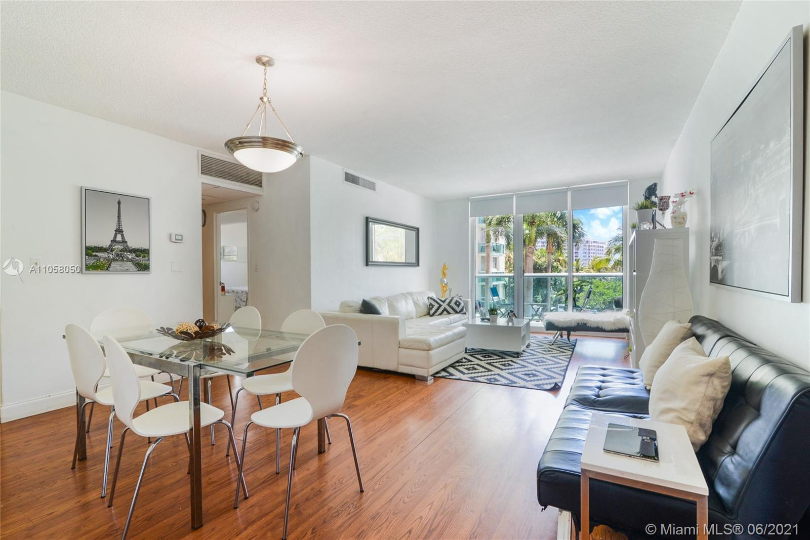 Sought after Condo on Hollywood Beach, great for investors: no rental restrictions, low HOA. Spaciou