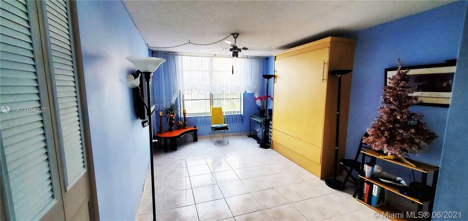2BR CORNER APARTMENT WITH WRAP-AROUND BALCONY, IT FEATURES 1856 sq ft OF LIVING SPACE INCLUDING AN L