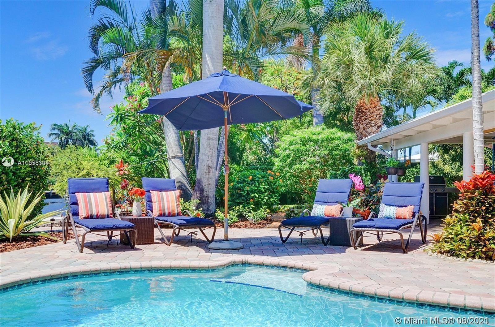 Looking for a Private Tropical Oasis in East Wilton Manors? You just found it! This 2 Bedroom 2 bath