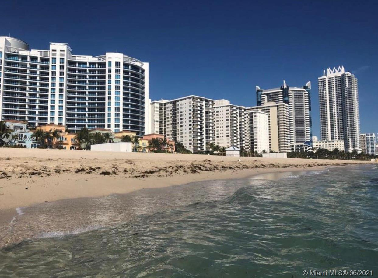 GREAT OPPORTUNITY ON THE BEACH, Luxury apartment, modern bathrooms, kitchen with stainless steal app