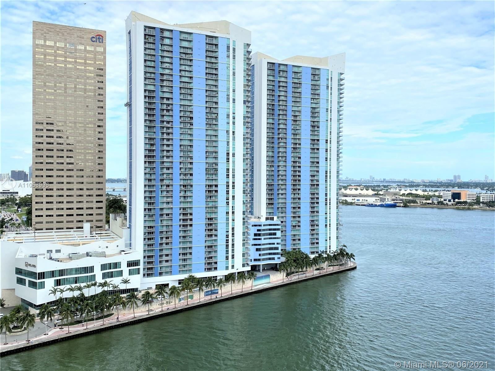 BEAUTIFUL recently updated corner unit on desirable One Miami East Tower Condo. Unit offer amazing B