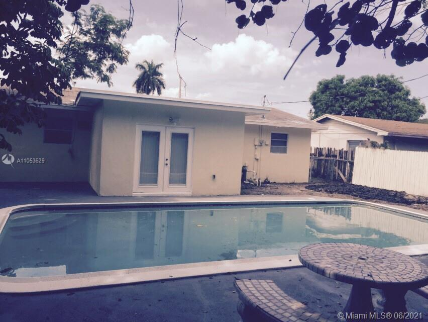 Beautiful totally remodeled and very well maintained, well located, great for first time buyers or i