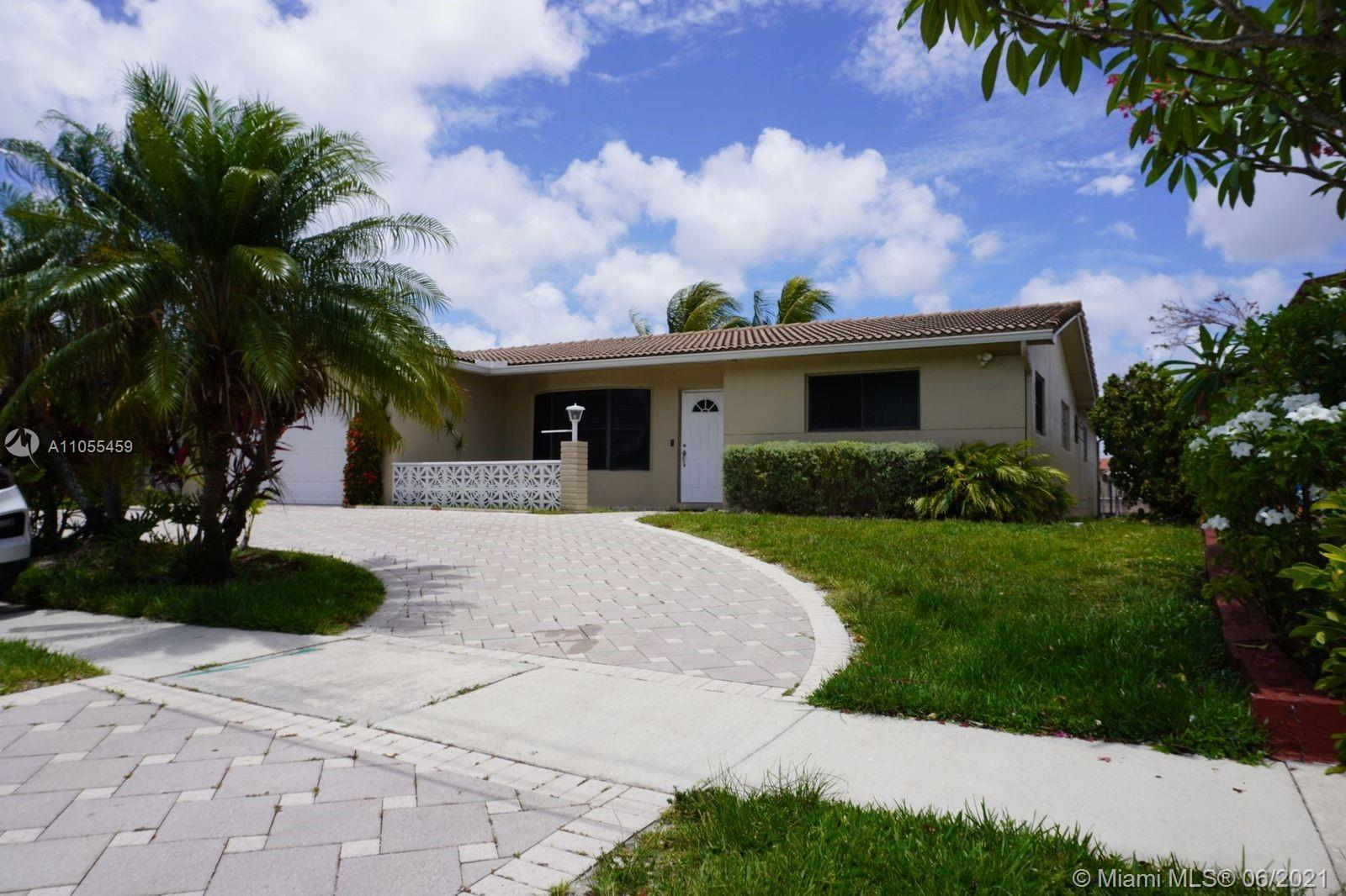 Enjoy the Sunset, Waterfront  home with Ocean Access with fixes bridges,  3 Bedroom 2 Bath, Living r