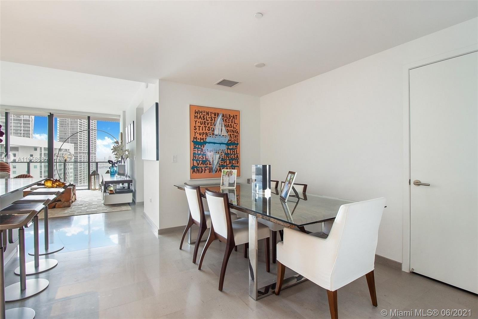 TENANT OCCUPIED UNTIL MARCH 2022 / Upgraded 2 bedrooms, 2 and a half bathrooms with bay views unit i