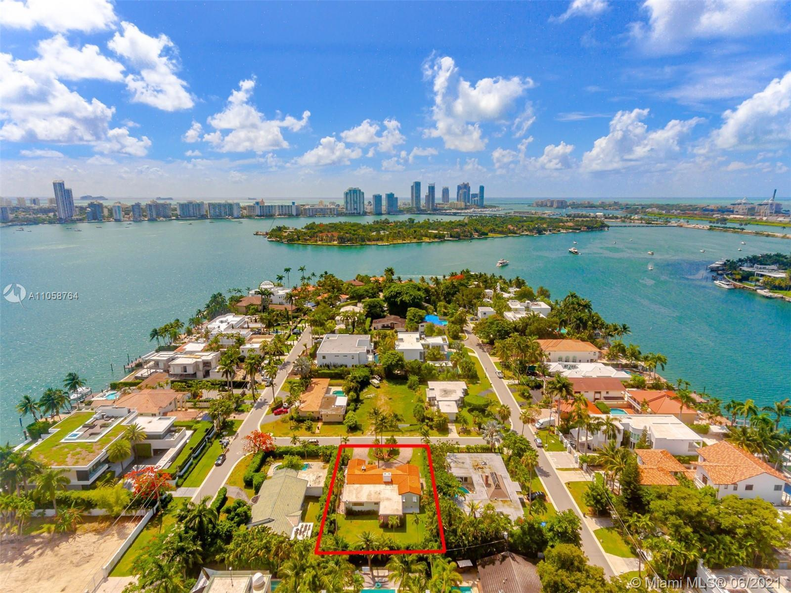 Hibiscus Island is one of the most exclusive and private islands in Miami Beach - conveniently locat