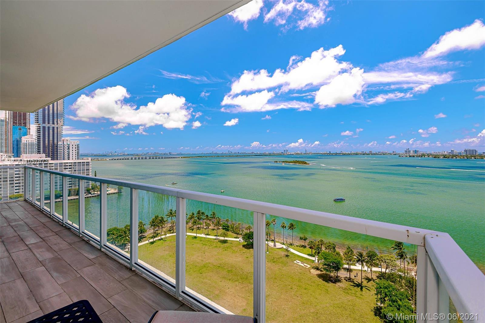 Lean back & enjoy your peaceful BREATHTAKING PANORAMIC views of the Bay to Miami Beach. Large 2/2.5