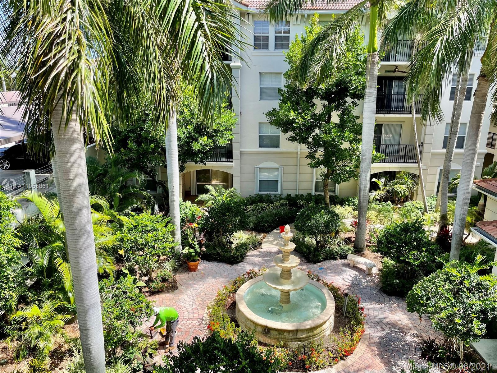 Welcome to unit 2308. This 3 bedroom 2 bathroom condo offers resort style living right on the intrac