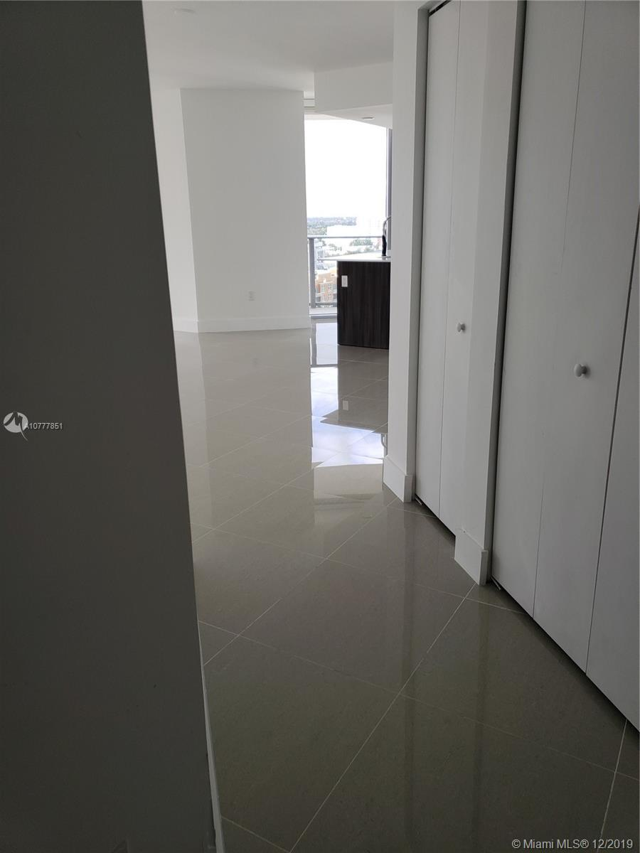 Beautiful Apartment brand new, 2 Beds/2.5 Baths. New Tiles, build-in closets. Over sized wrap around