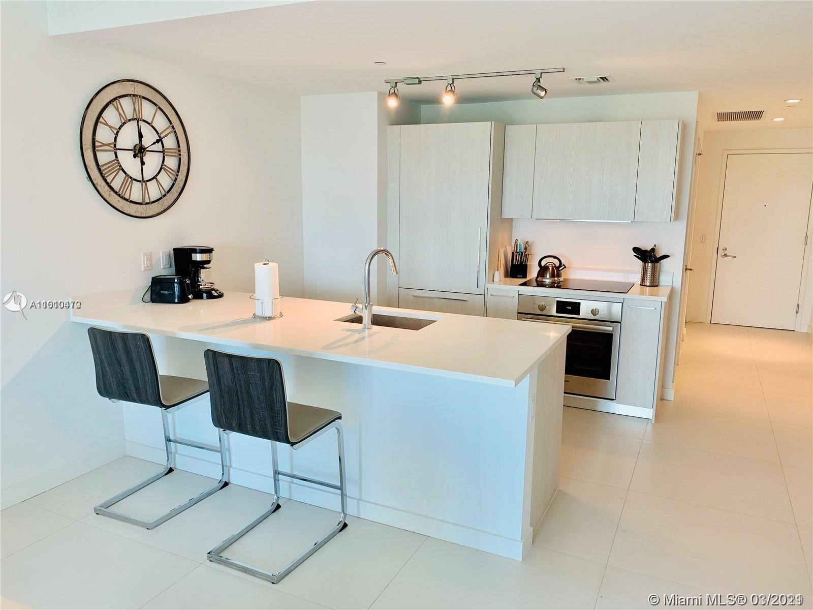 Gorgeous brand new furnished corner unit. New construction in Paraiso District, close to Design Dist