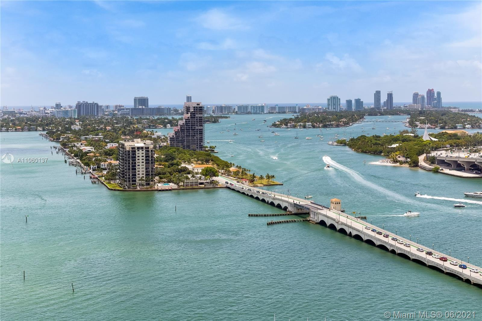 GREAT FOR INVESTORS!! Spectacular corner unit with views of Biscayne Bay and the Miami skyline, visi