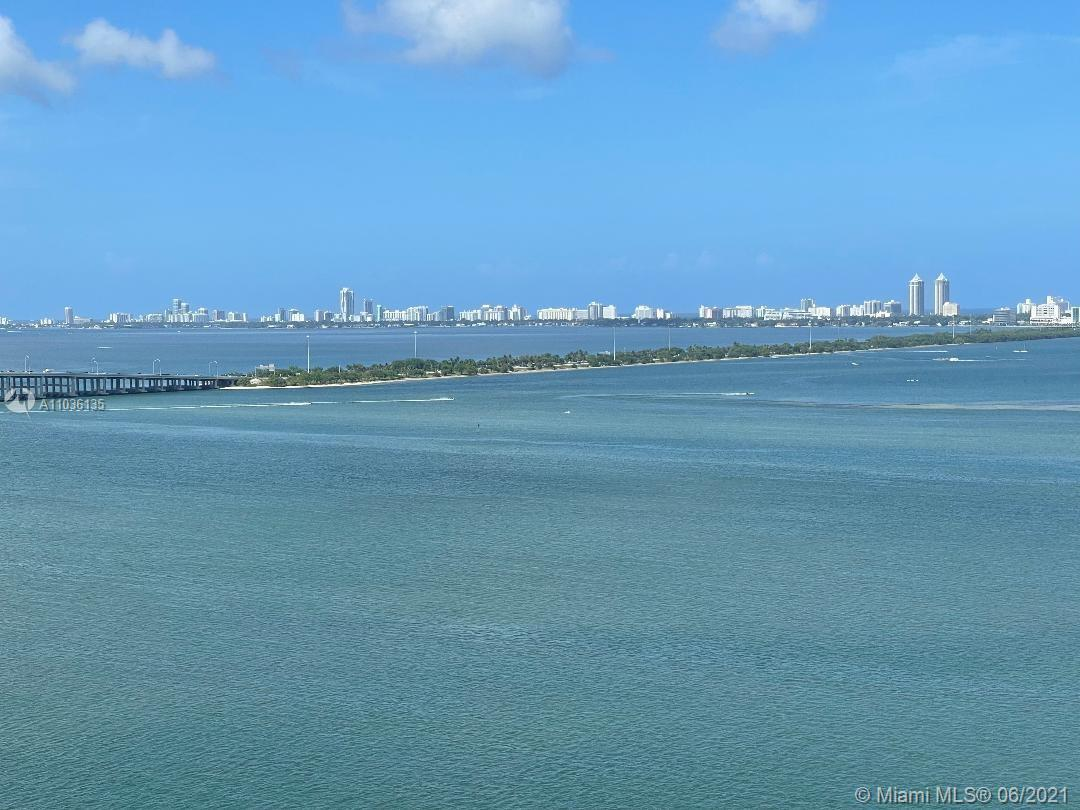 BREATHTAKING VIEWS & MORE VIEWS… Miami Onyx on the Bay at The ART DISTRICT's best location. The towe