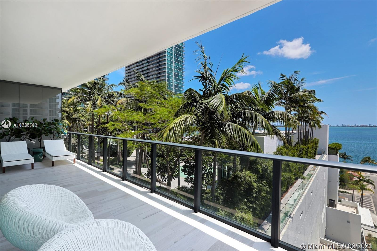 Sophisticated 4 Bedroom + Den in the Gran Paraiso by Piero Lissoni. Unit features luxurious finishes