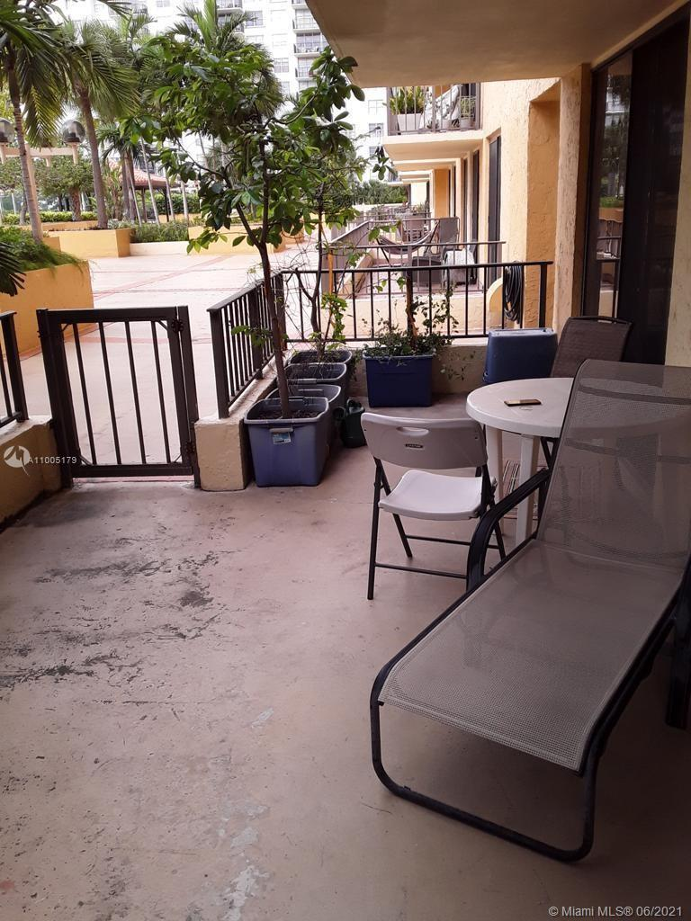 Vey nice partially remodeled unit located on the 3rd floor. Huge balcony with direct access to the p