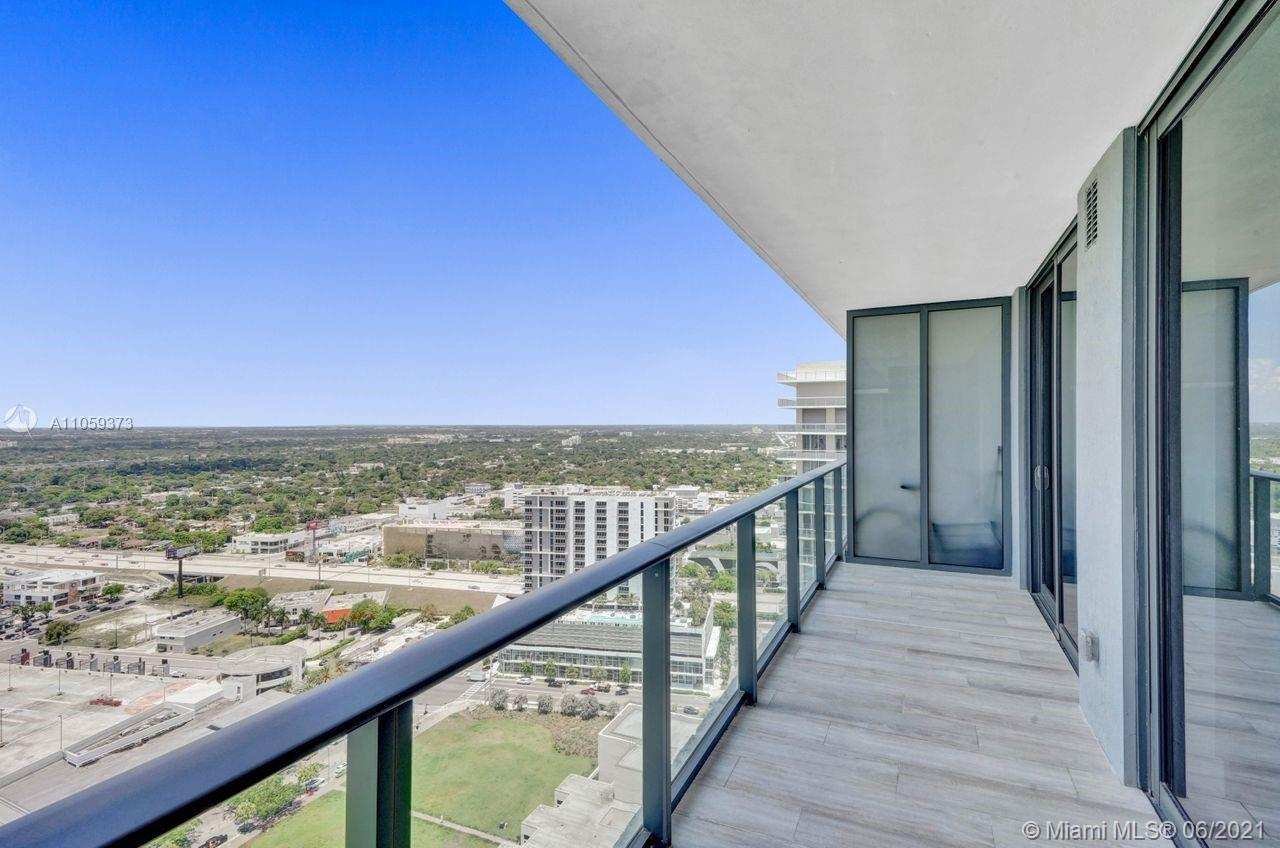 Modern condominium with the privacy and convenience of Midtown living. This 612 Sq. Ft. of sophistic