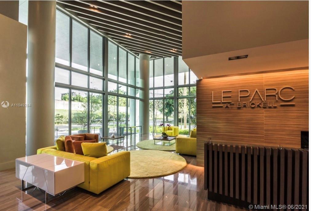 UNIT OCCUPIED UNTIL DECEMBER 14, 2021. Luxury Boutique Building completely residential located in th