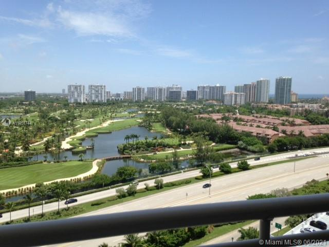 GREAT BUILDING. EASY ACCESS TO EVERYWHERE. JUST STEPS TO THE BEACH AND AVENTURA MALL. NICE SPLIT UNI