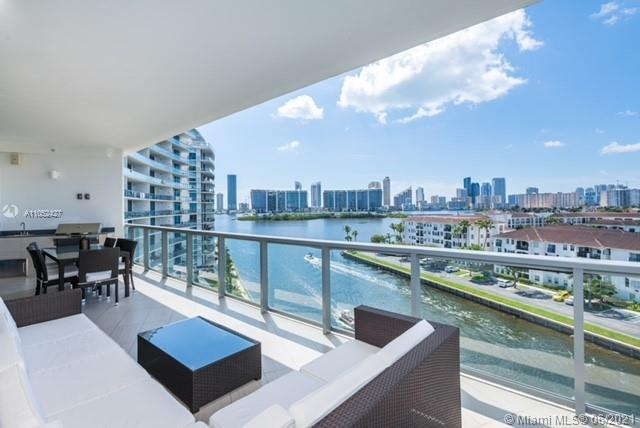 Wow! Echo extraordinaire Smart residence! Enter thru private elevator to this spacious corner unit o