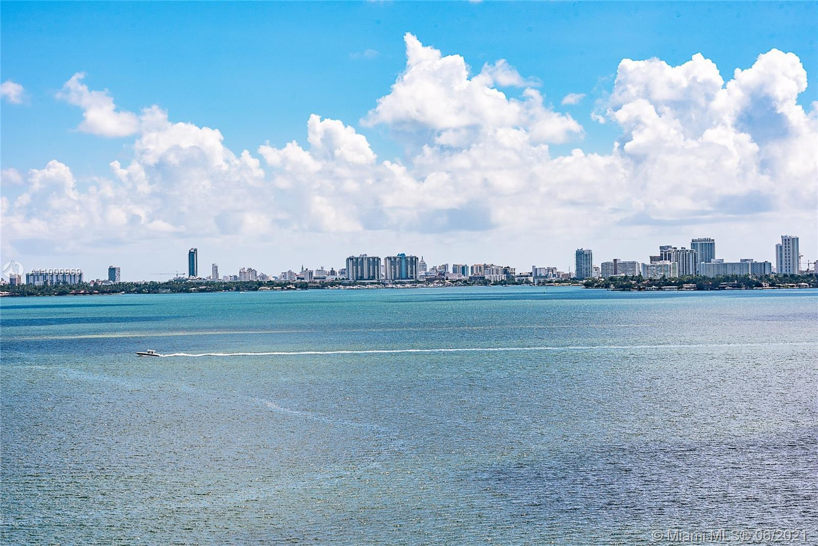 Beautiful 2 bedroom 2 bath + den + 219 sq ft spacious balcony with a beautiful view of Biscayne Bay.