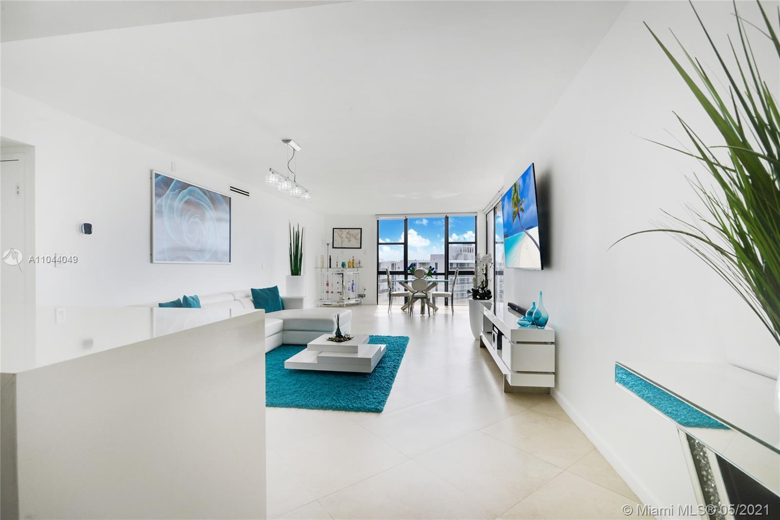 Located in the heart of the growing city of Aventura with spectacular views of the Turnberry Golf Co