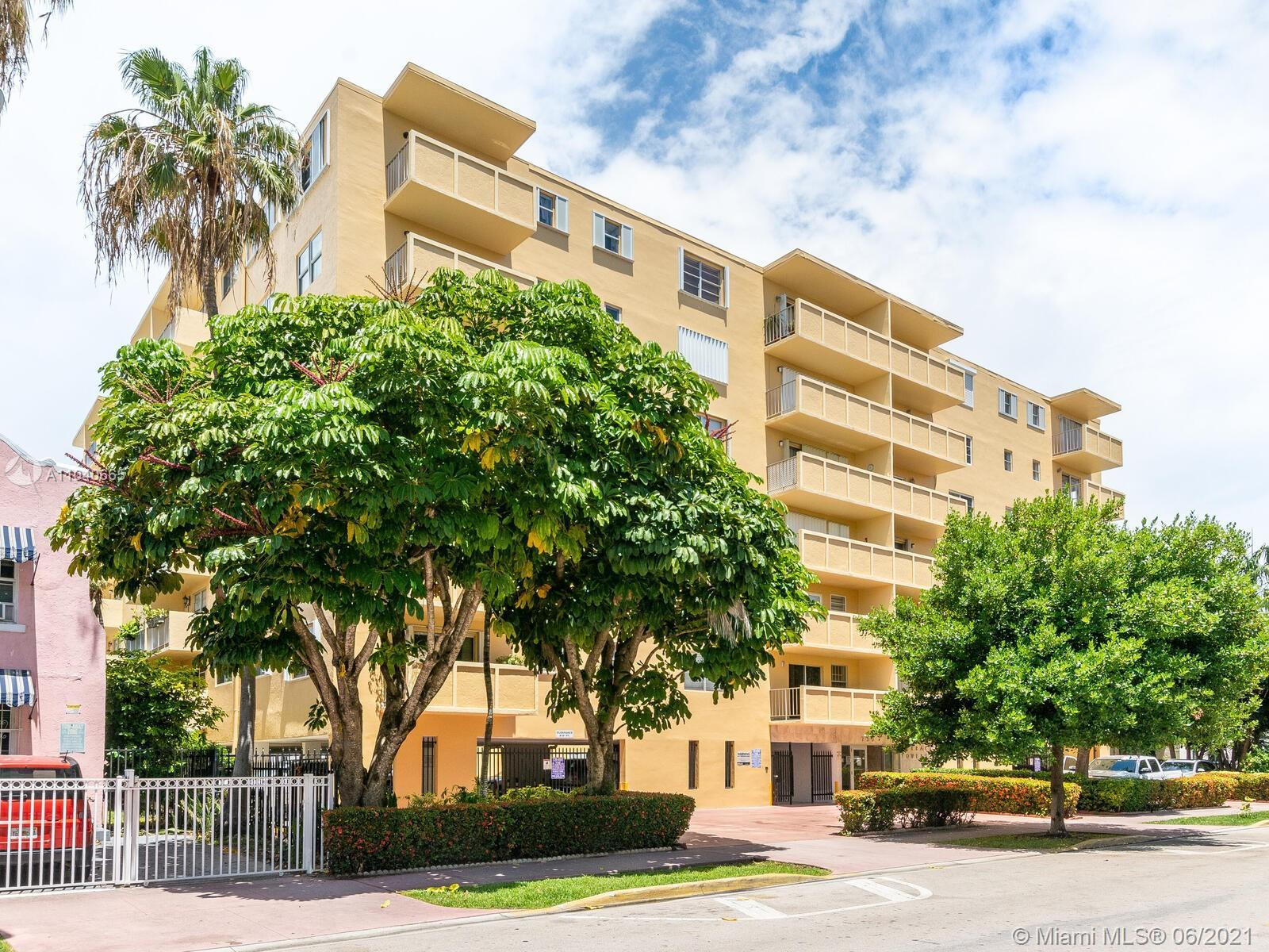 This highly desired corner 1 bedroom in the heart of South Beach is oozing with natural sunlight.