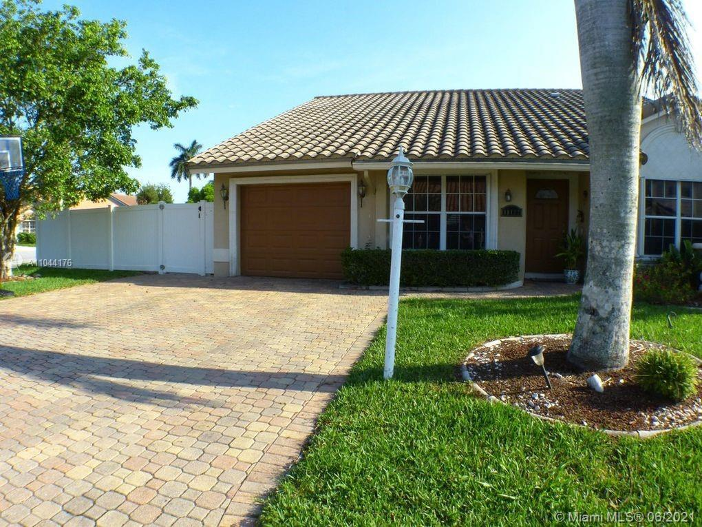 Beautiful 3/2.  2,016 adjusted SqFt, corner lot, large pool in highly desirable Boca Chase neighborh