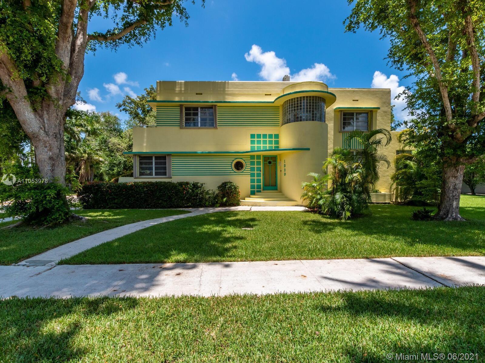 Unique *Art Deco* Home, large Double Corner Lot! 6 Br's 5 Baths, Pool Home, 3 Car Garage in Prestigi