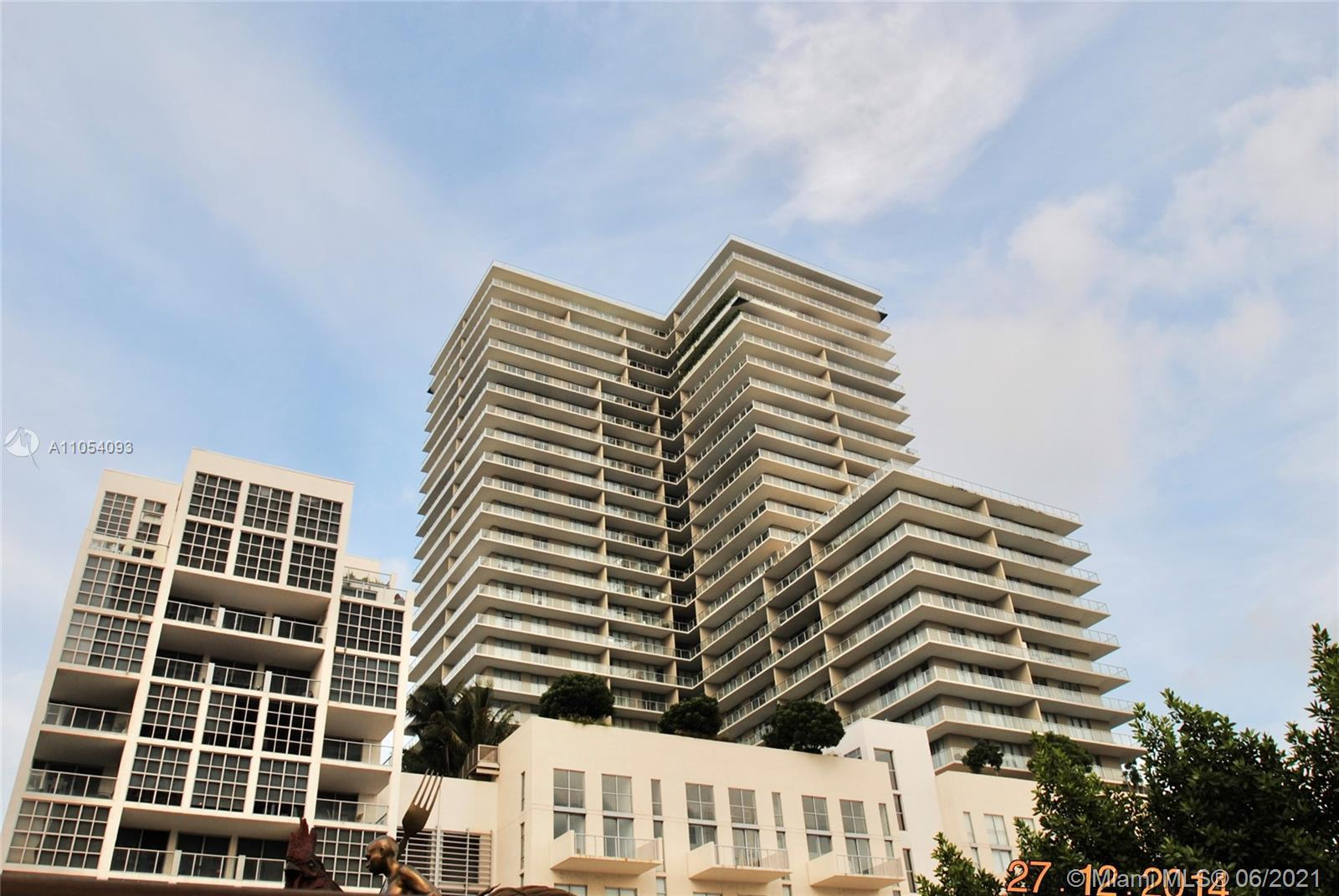 Great opportunity to own a move-in ready unit in desirable Midtown location. High floor, well mainta