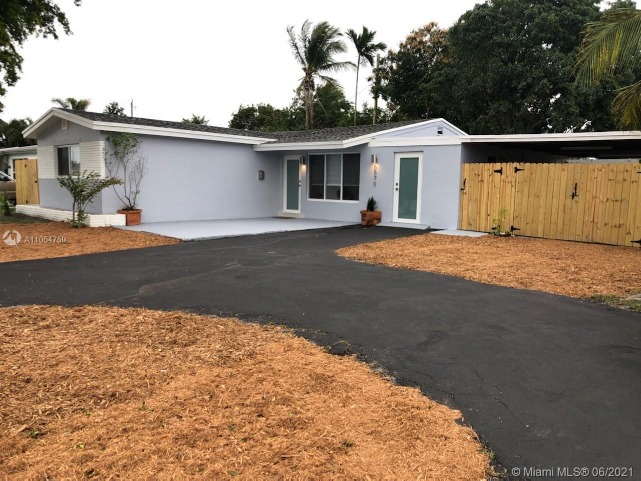 INCOME PROPERTY. ONE OF A KIND  HOME-BASED  BUSINESS in the heart of Hollywood. Centrally located, N