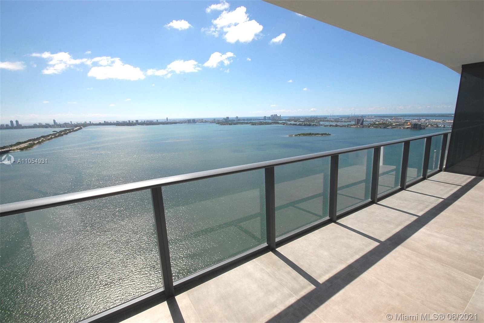 Rare 2 bedroom 2 Bath top floors at the Paraiso One (1088 sqft.). Spectacular view at the most luxur