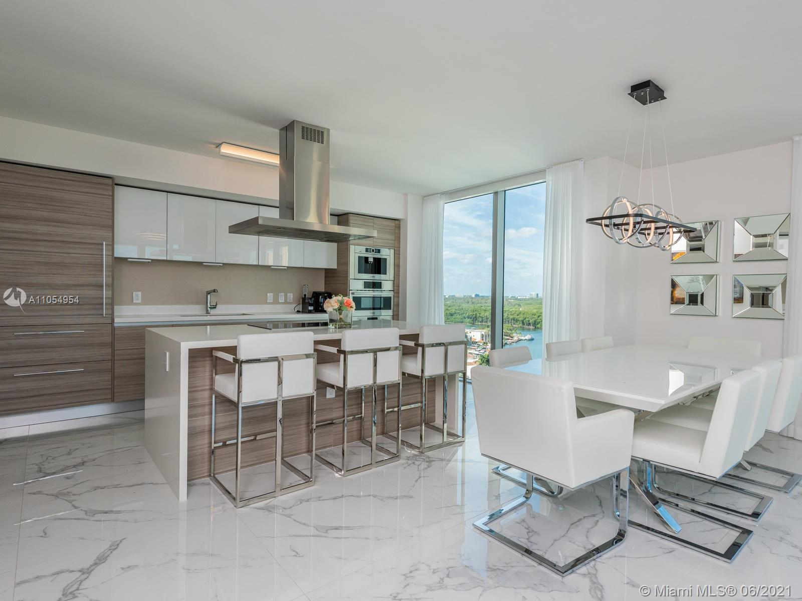 Magnificent corner unit in new building with 5 Stars Amenities. Tastefully upgraded 3 Bed/3.5 Bath o